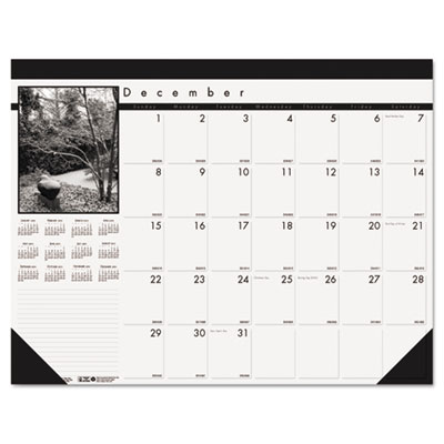 Black-and-White Photo Monthly Desk Pad Calendar, 22 x 17, 2014-2