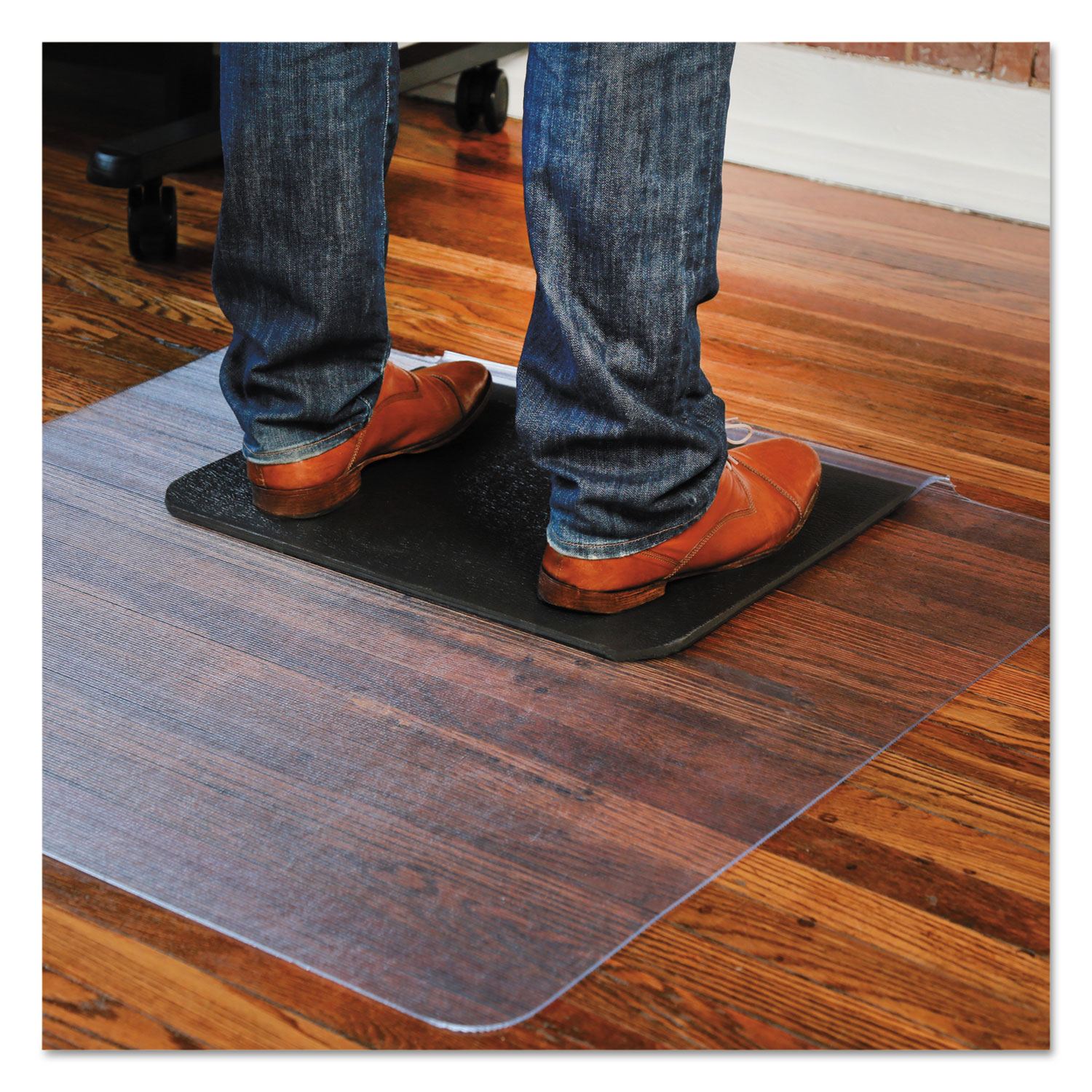 sit or stand mat for carpet or hard floors by es robbins